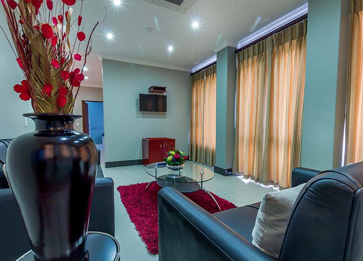Luxury-suite-13