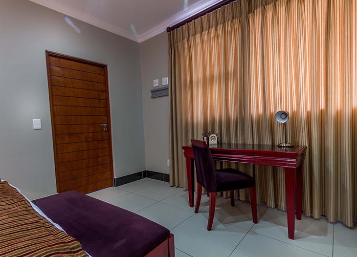 Luxury-suite-16