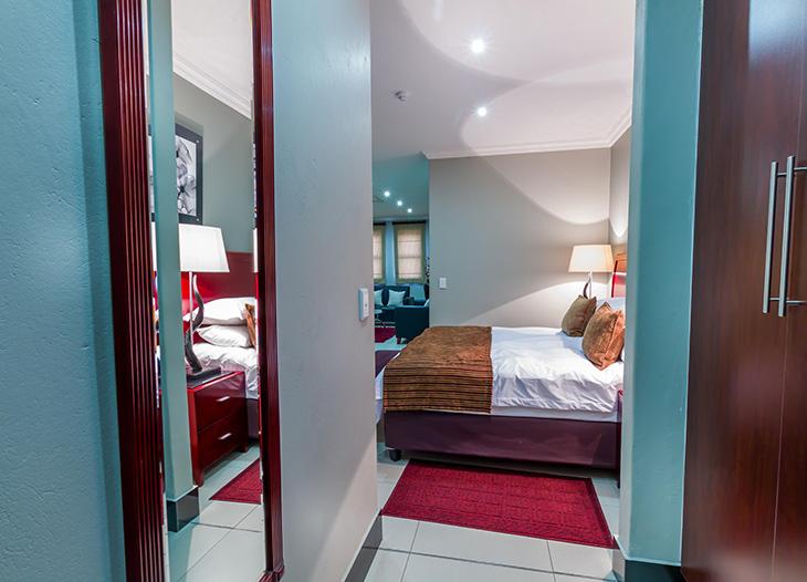 Luxury-suite-18