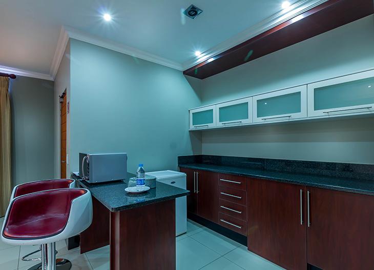 Luxury-suite-4