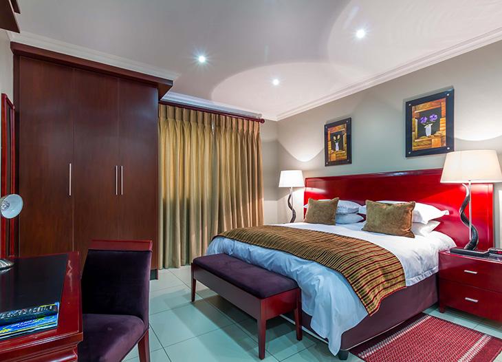 Luxury-suite-5
