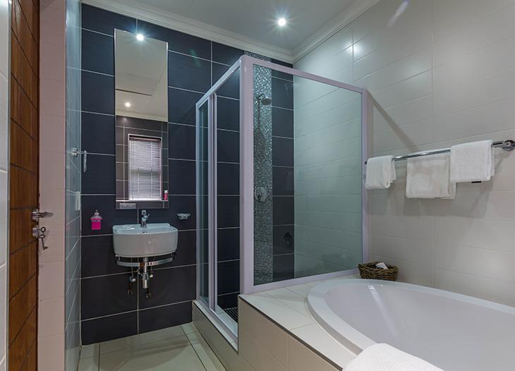Luxury-suite-7