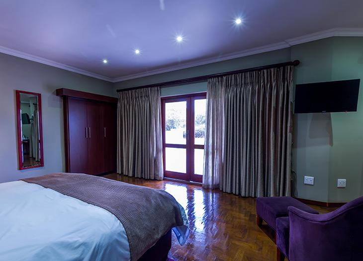 delux-standard-room-5